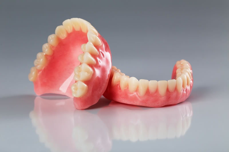 North York Dentist - Crowns-Bridges-Dentures - Full dentures